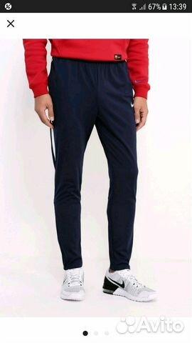Спортивные брюки фирмы