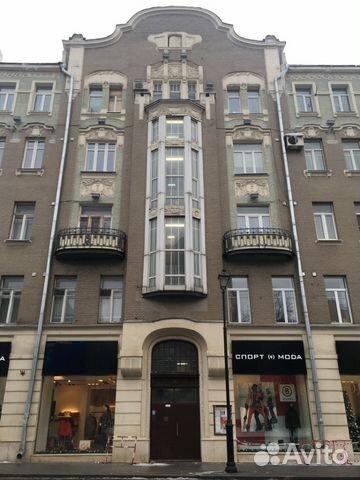 Продается трехкомнатная квартира за 25 000 000 рублей. ул. Покровка, 44.