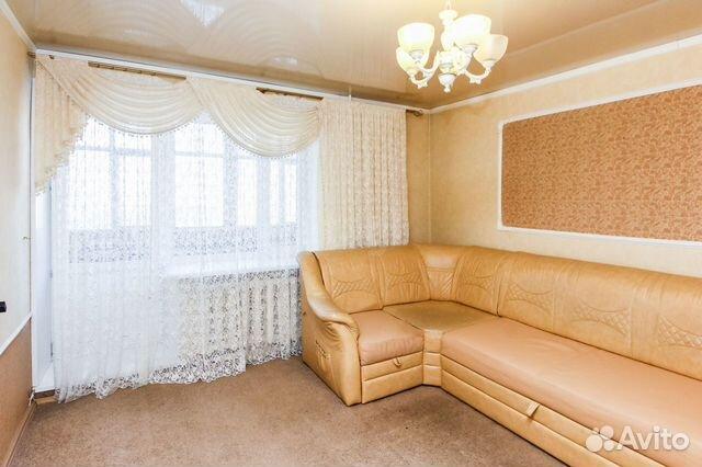 Продается трехкомнатная квартира за 4 200 000 рублей. Елизарова, 8.