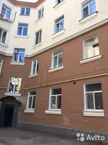 Продается трехкомнатная квартира за 3 500 000 рублей. г Смоленск, ул Кутузова, д 9.