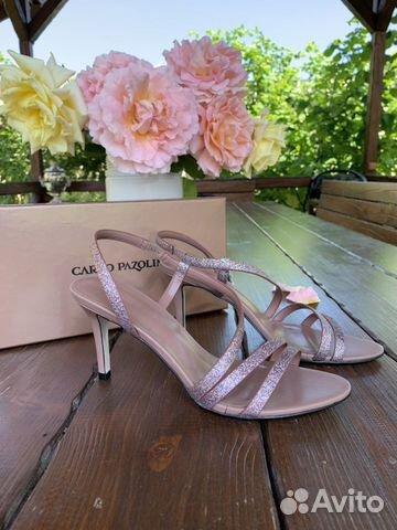 Sandals new  buy 1