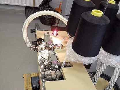 Кеттельная машина для зашивки мыска на носках