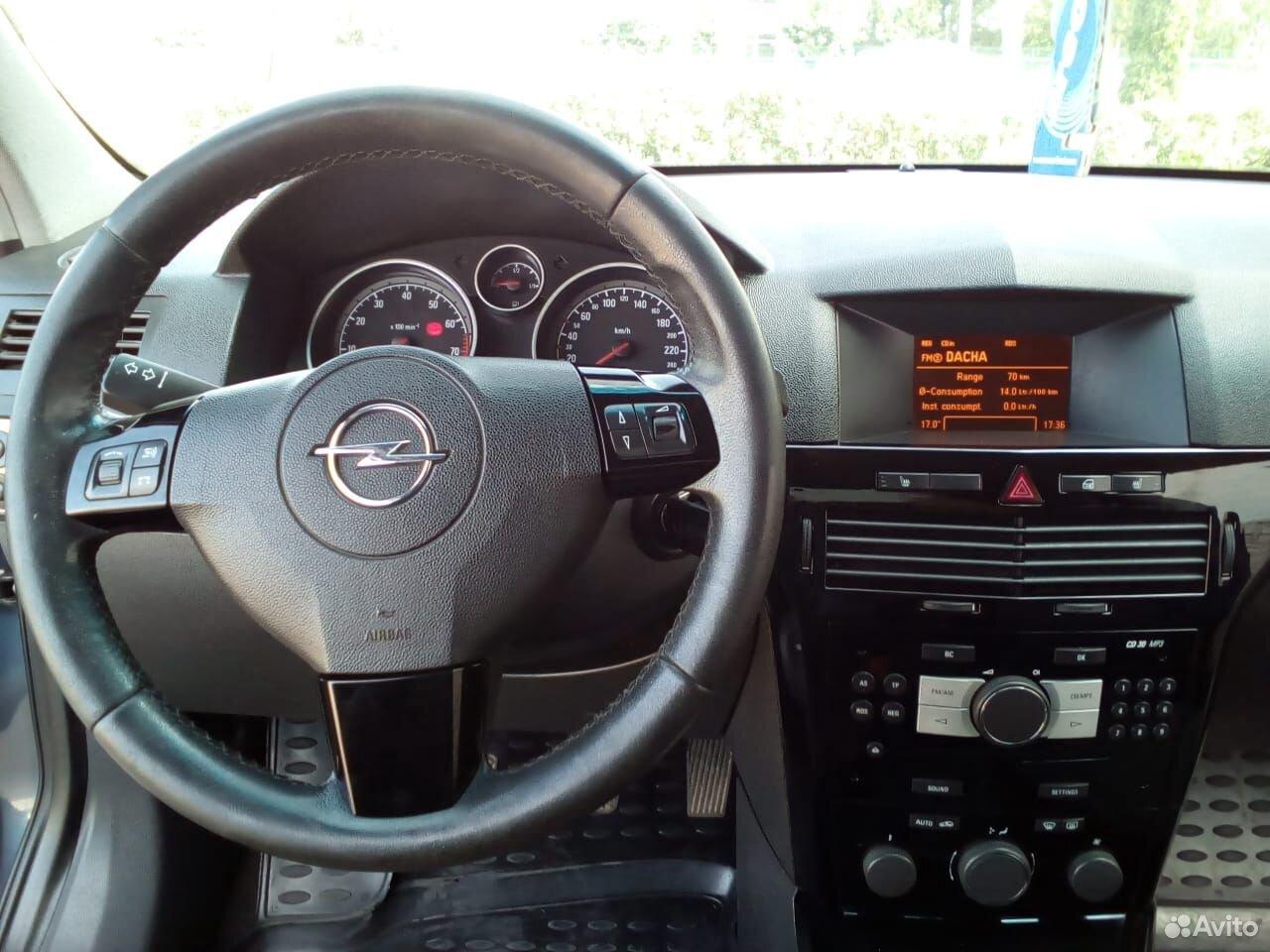 Opel Astra GTC, 2008
