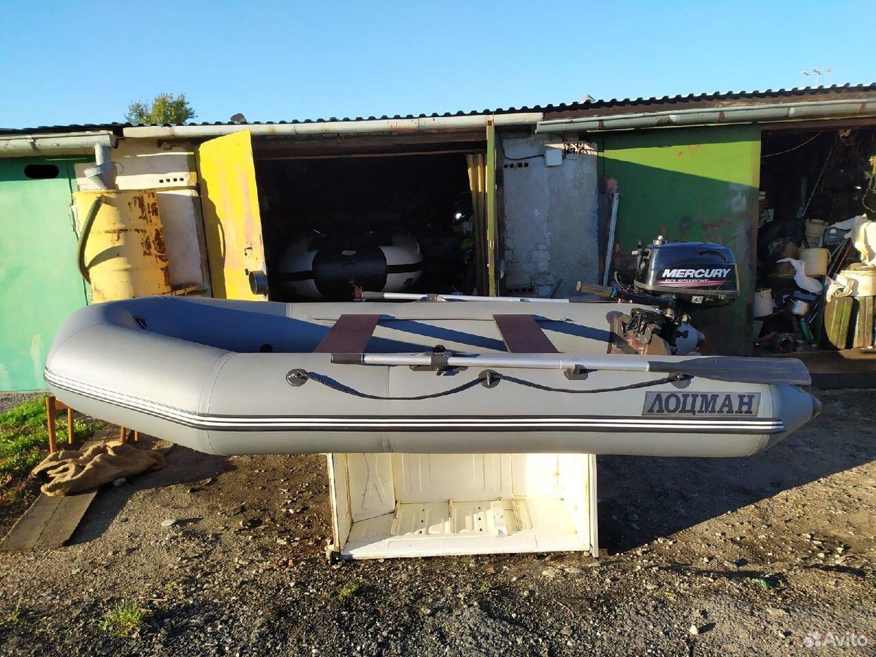 Надувная лодка лоцман