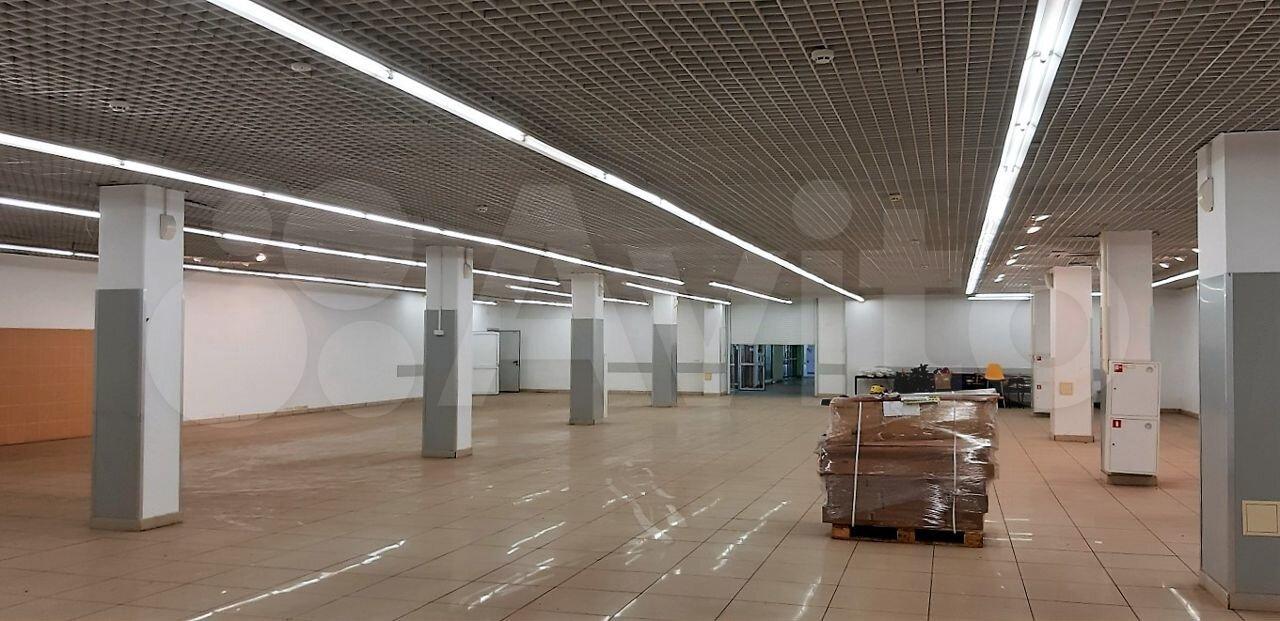Торговое помещение, 2300 м²  285010 купить 4