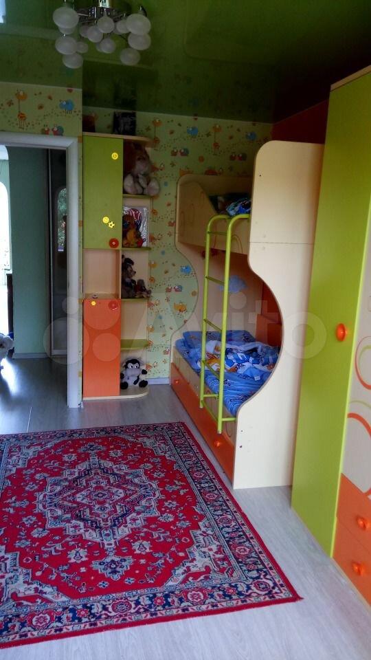 4-room apartment, 71 m2, 4/5 floor.  89536726415 buy 3