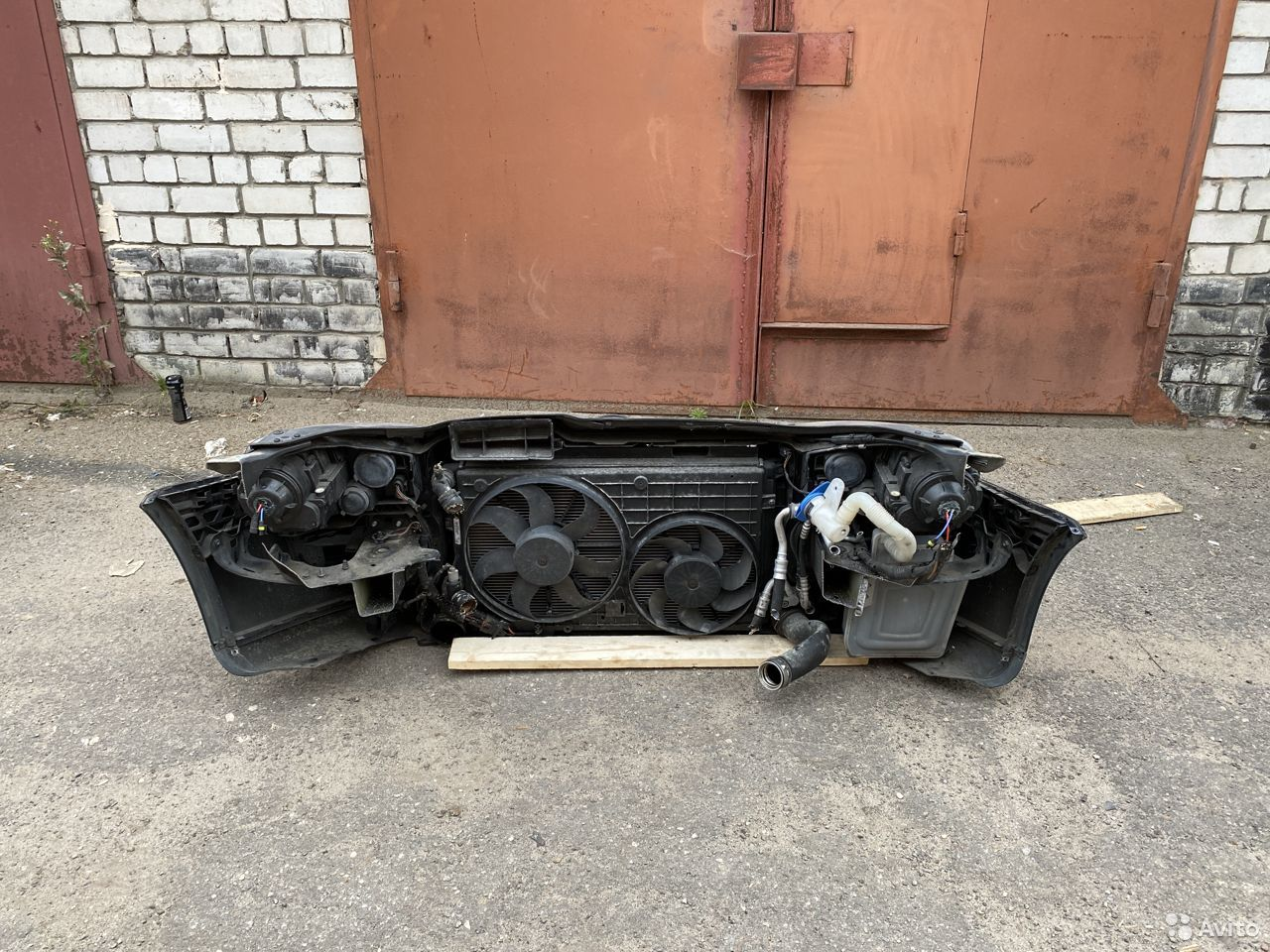 Ноускат черный Volkswagen Jetta 5  89534684247 купить 5